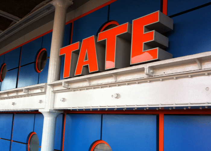 Liverpool Waterfront Tour: Tate Gallery